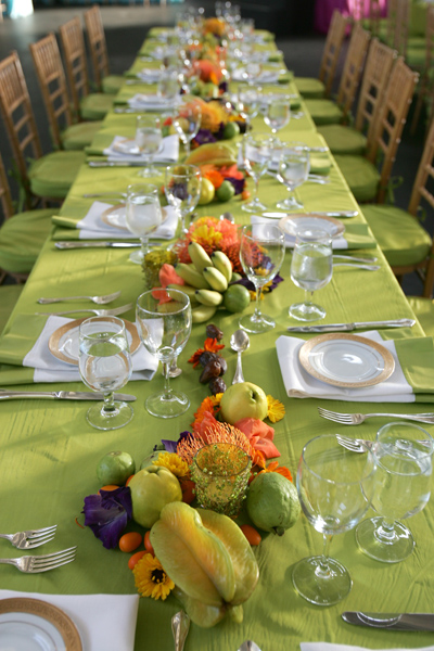 32 green table setting events or gallery